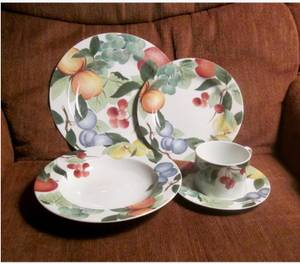 Orchard Jewels Dinnerware Dishes . Vase (Memphis)