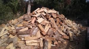 Split seasoned oak firewood (flagler beach)