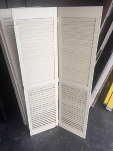 wood shutters (Billerica)