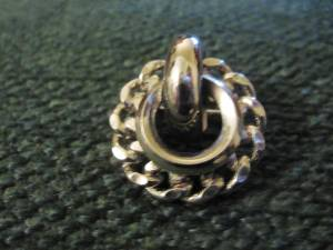 Vintage Round Silver-Tone Brooch (Upper East Side)