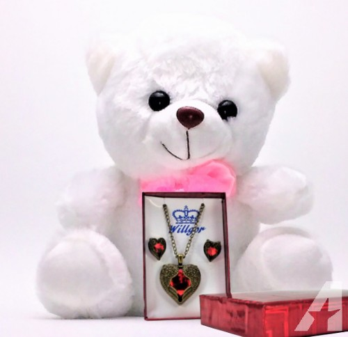Valentines-Day-Bear-and-Jewelry-Gift-Set