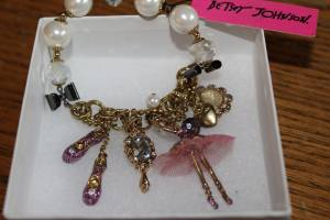 Nwt Betsey Johnson School of Ballet Bracelet (Westside Olympia)