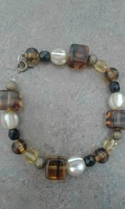 Bracelet vintage tigereye glass/amber/gold metal/pearls/black