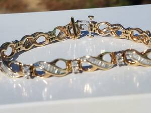 3.00ct DIAMOND bracelet 7.5 inches QUALITY appr. $2900 (Suwanee)