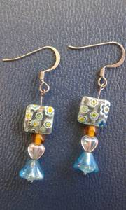Earrings hippy chic blue/gold floral glass with hearts