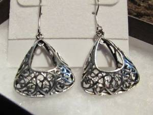 NEW: Genuine Sterling Silver 3D Triangle Filigree Design Drop Earrings