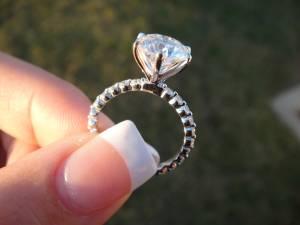 3.00 Diamond ring VVs1 clarity Triple Excellent