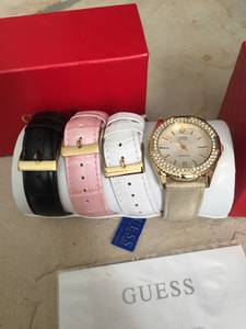 Guess ladies 4 band watch set NEW (Franklin township)