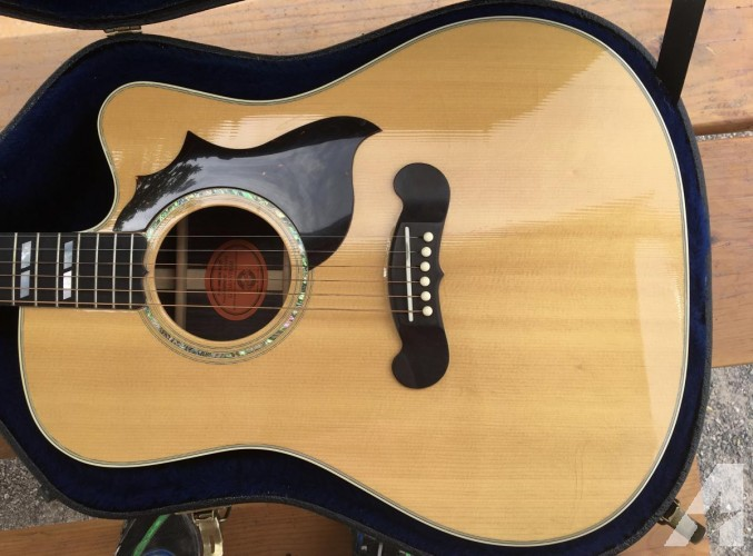 Gibson Songbird Acoustic Electric 2001
