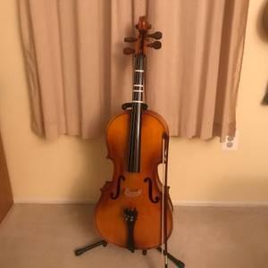 Engelhardt 1/2 Size Stradivarius Cello Package (Downingtown)