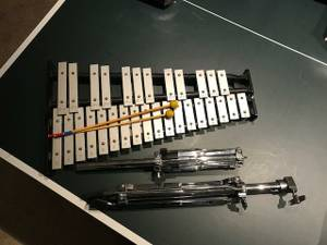 CB700 Xylophone with stand case