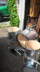 Legion drum set