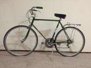Vintage Schwinn Varsity bike $150 (OBO) (Lake City)