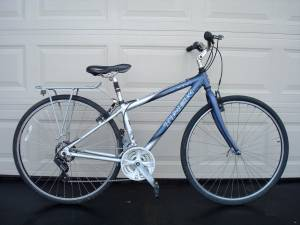 2000s TREK Multitrack 7000 21 speed hybrid/comfort bike 38cm (Plymouth (just off