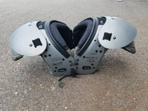 youth football pads 70-100 pounds (Roy, Utah)