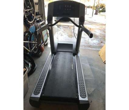 Life Fitness 93T Commercial Treadmill