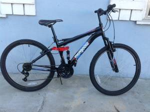 Mongoose Mountain Bike (323)