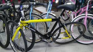 27 inch 21 speed road bike (pensacola)