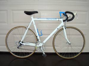 1988 CANNONDALE SR500 12 speed road bike (Shimano 105 group) 59cm (Plymouth