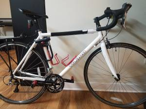 Vilano White Road Bike for sale + all accessories. Get ready 4 spring!