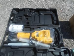 65mm electric demolition hammer ( new ) (las vegas)