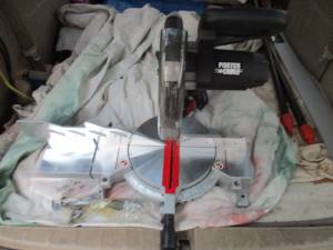 Miter saws, circular power saws and saw guide (LUTHERVILLE)