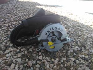 Skilsaw Sidewinder Circular Saw. (Henderson)