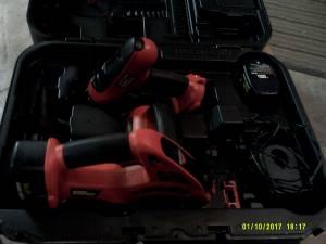 Black and Decker Firestorm 14.4 Vlt Cordless drill/ saw & case (Davenport)