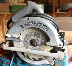 Vintage Black & Decker No. 83 Heavy Duty Circular Saw (Rye)