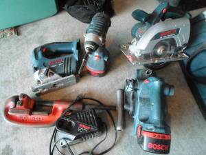 four BOSCH cordless tool set, with bag and RIDGID pipe cutter (Henderson)
