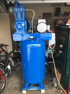 Quincy QR-325 80 Gallon Air Compressor Like New! (Lincoln)