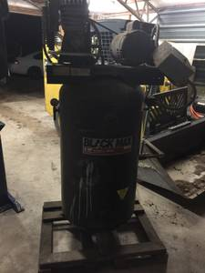 5 hp 2-stage 80 Gallon Air Compressor (Rogers, AR)