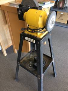 standing bench grinder (nw tucson)