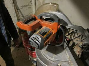 Compound miter Saw (Germantown)
