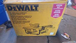 Dewalt table saw (Pecos and 78th)