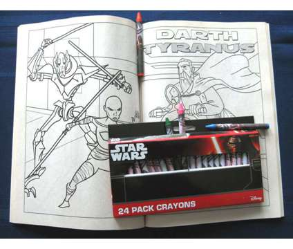 STAR WARS COLORING BOOK and CRAYONS SET