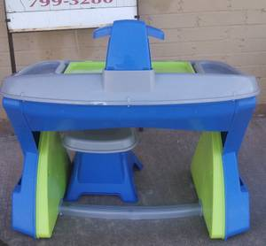 American Plastic Toy Creativity Desk and Easel (Moore, Ok)