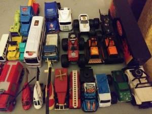 Lot of vintage random trucks! (Memphis)