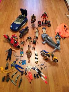 Large Lot of Action Figures and Vehicles