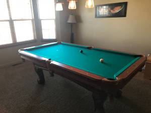 Pool table (Highlands Ranch)