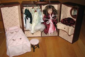 Dress Up Doll in Wooden Carrying Case with Clothes and Bed (Wales)