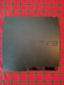 PS3 Slim 320GB with games (New Berlin)