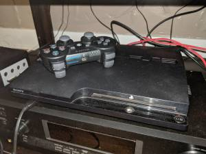 PS3 Slim 1tb with 2 controllers and 44 included games (Midtown)