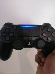 Ps4 controller (Milwaukee)
