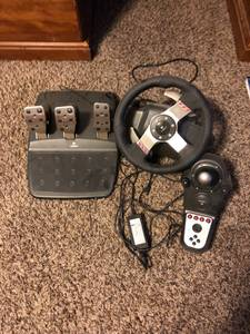 Logitech G27 Steering wheeel (Oak Creek)