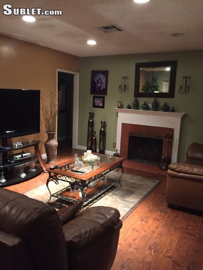 $950 Four room for rent in San Fernando Valley