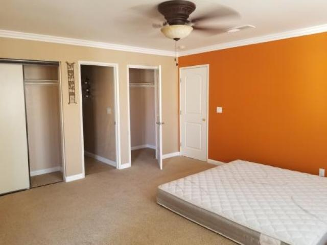 Room For Rent In Lancaster, Ca