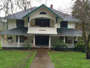 Room for rent, 10 minutes to downtown (Hood River)