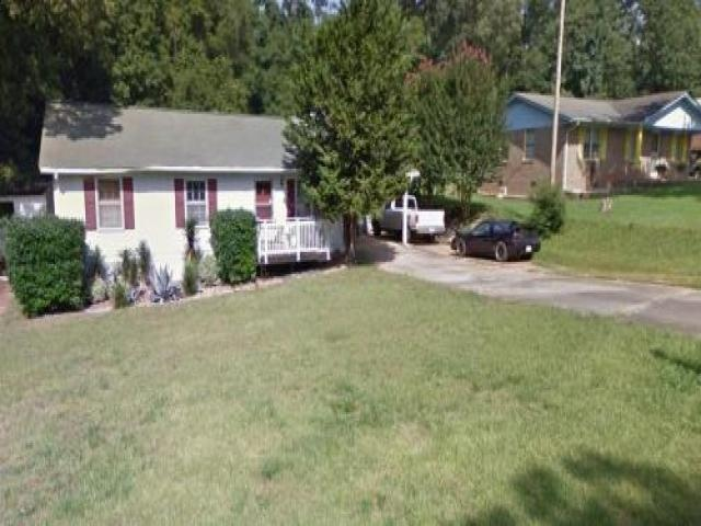 Room For Rent In Oakwood, Ga