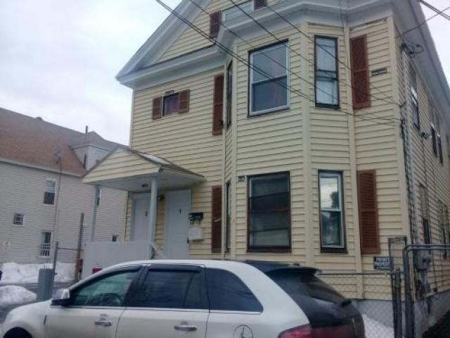 Room For Rent In Lawrence, Ma
